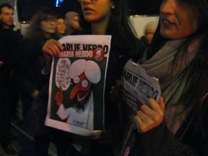 manifestantes solidarios